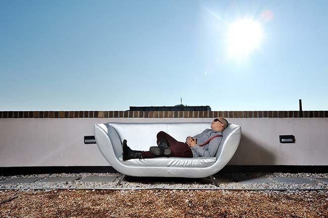 Culcha Candela Don Cali Relax auf der Couch Sonne Dach entspannt